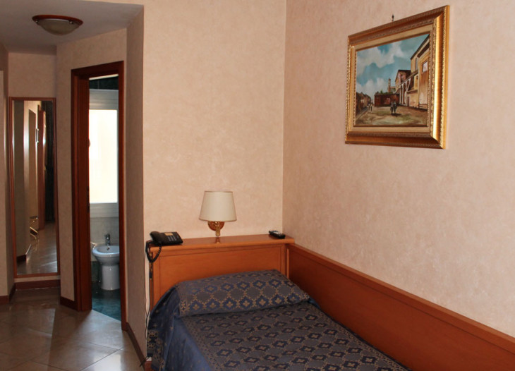 hotelorlanda-roma-Einzelzimmer