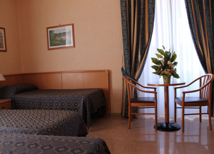 hotelorlanda-roma-cuadruple (5)
