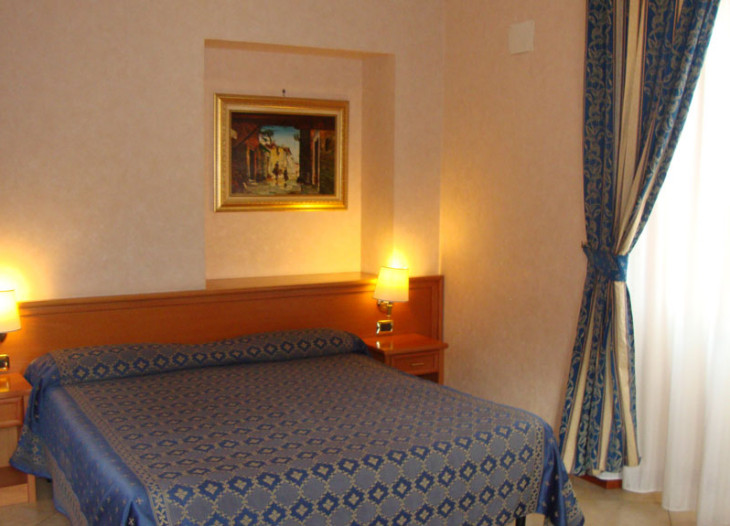 hotelorlanda-roma-cuadruple (9)