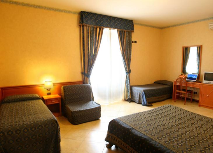 hotelorlanda-roma-Vierzimmer
